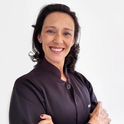 Dra. Edilaine Lucena